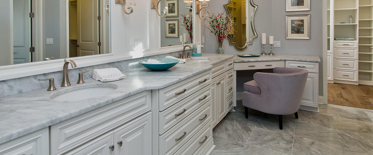Oakmont Master Bathroom